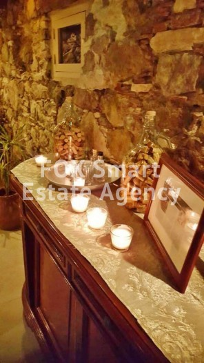Fully equipped old refurbished mansion with license for restaurant 15 minutes from Nicosia 17