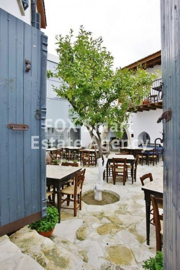 Fully equipped old refurbished mansion with license for restaurant 15 minutes from Nicosia 5