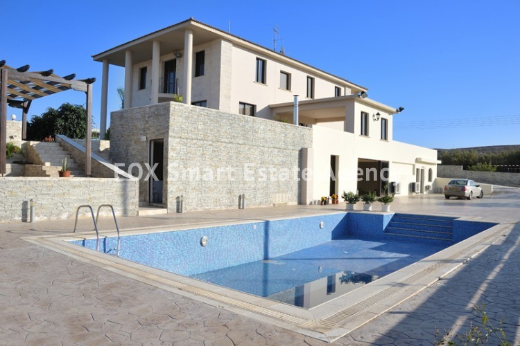 To Rent 6 Bedroom Detached House in Dali, Nicosia 21