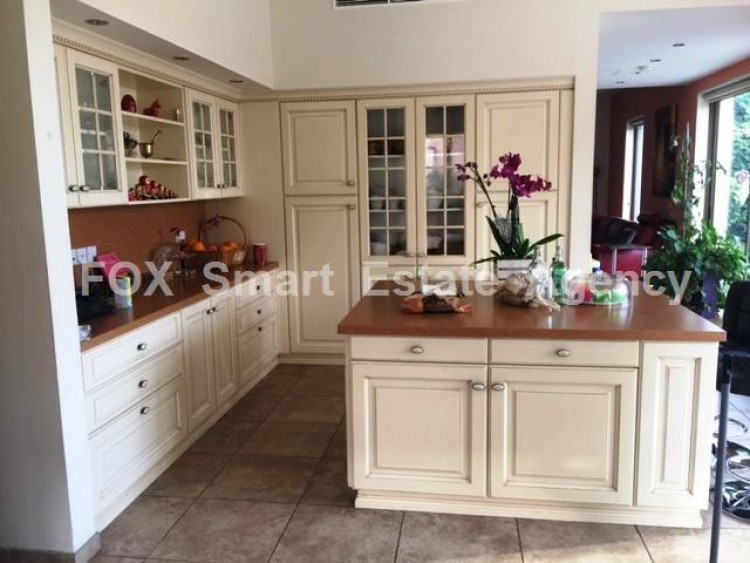 For Sale 6 Bedroom Detached House in Egkomi lefkosias, Nicosia 10