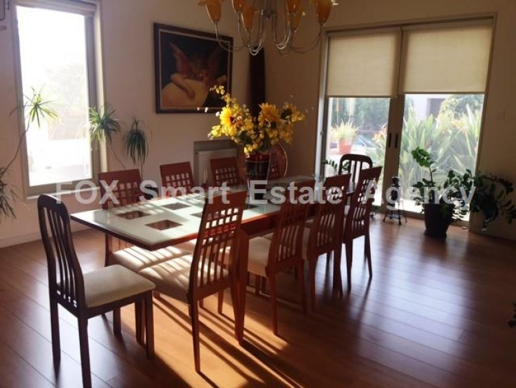 For Sale 6 Bedroom Detached House in Egkomi lefkosias, Nicosia 11
