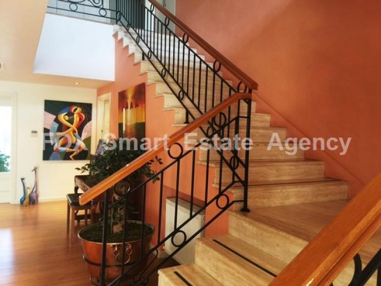 For Sale 6 Bedroom Detached House in Egkomi lefkosias, Nicosia 3