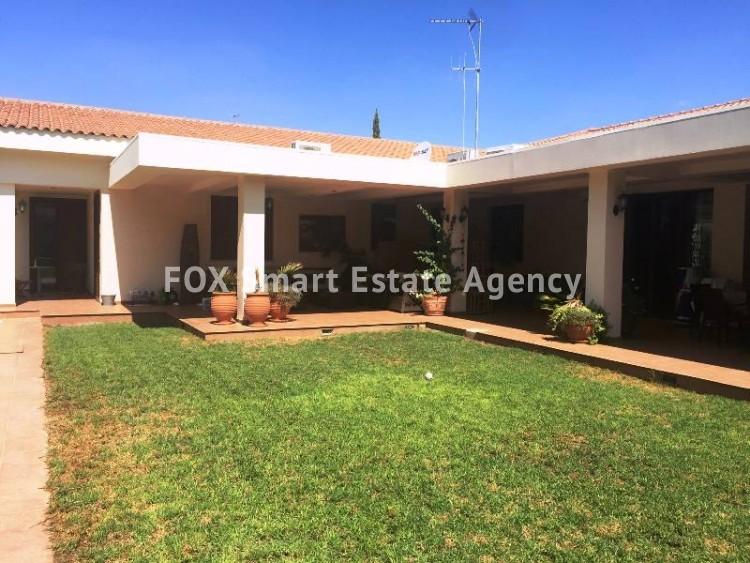 For Sale 5 Bedroom  House in Latsia, Nicosia 3