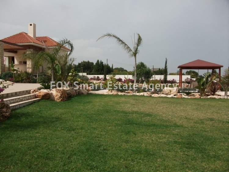 For Sale 6 Bedroom Detached House in Paralimni, Famagusta 14