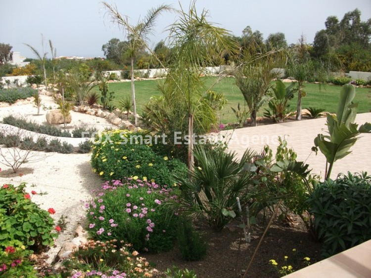 For Sale 6 Bedroom Detached House in Paralimni, Famagusta 16