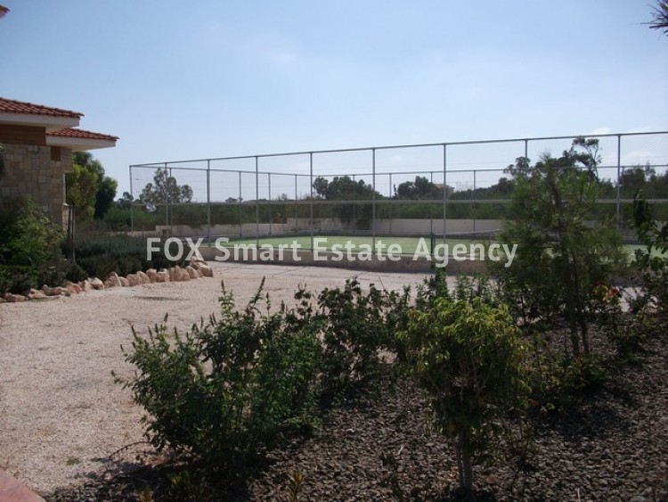 For Sale 6 Bedroom Detached House in Paralimni, Famagusta 18