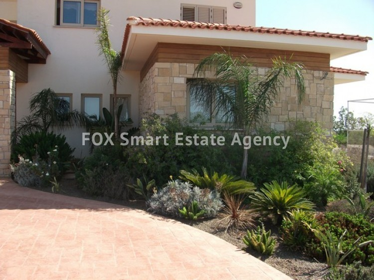 For Sale 6 Bedroom Detached House in Paralimni, Famagusta 19