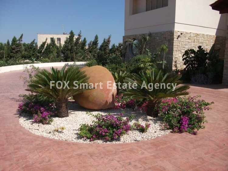 For Sale 6 Bedroom Detached House in Paralimni, Famagusta 20