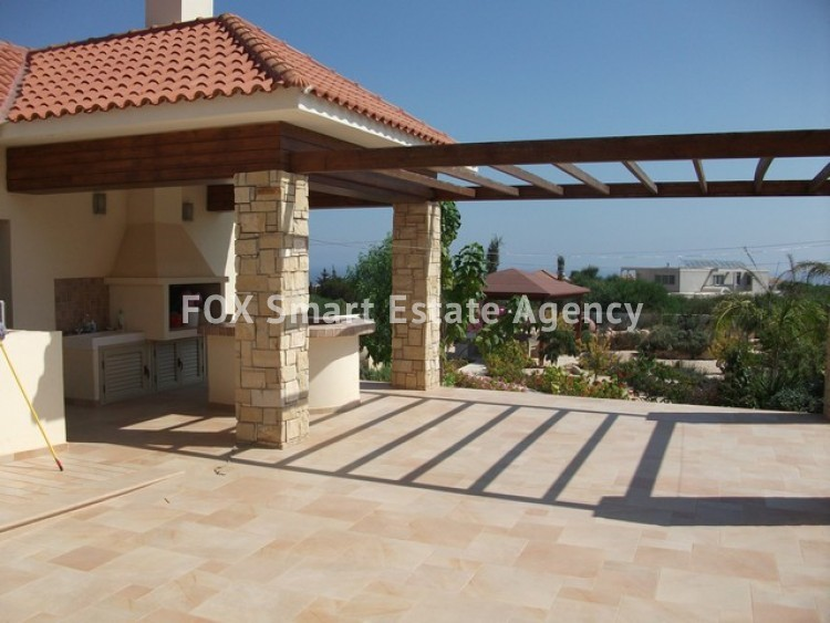 For Sale 6 Bedroom Detached House in Paralimni, Famagusta 25