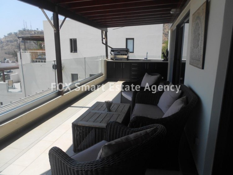 Stunning Two Bedroom Penthouse on a hill in Oroklini 6