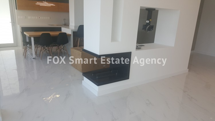 For Sale 4 Bedroom Top floor Apartment in Agios tychonas, Agios Tychon, Limassol  25