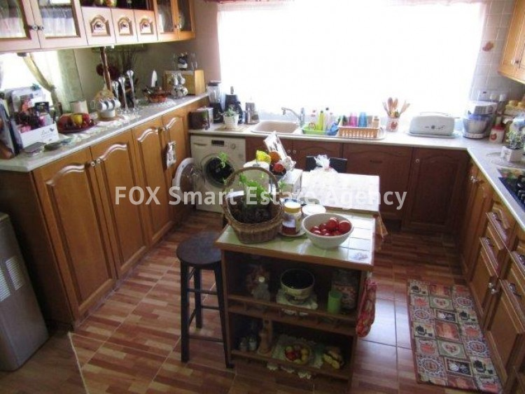 For Sale 3 Bedroom Upper floor (2-floor building) House in Kato polemidia, Limassol  2