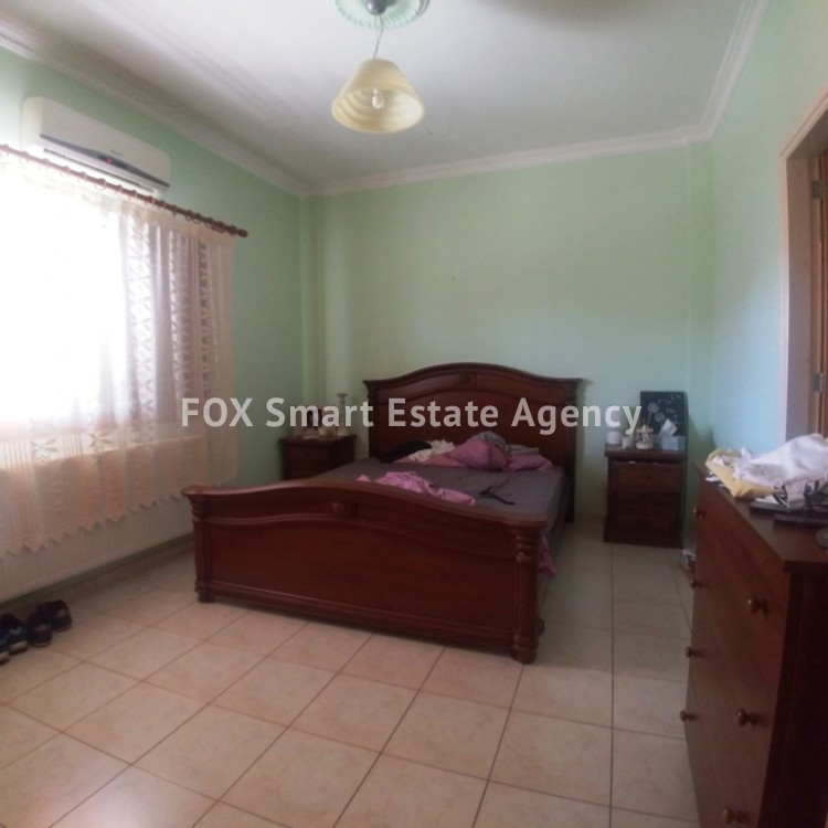 A Bright 3 Bedroom Bungalow (Single Level) House For Sale in Pervolia 6