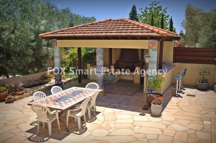 For Sale 10 Bedroom Detached House in Kolossi, Limassol 6