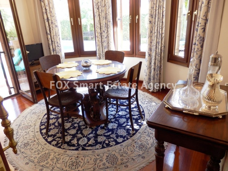 For Sale 4 Bedroom  House in Strovolos, Nicosia 8