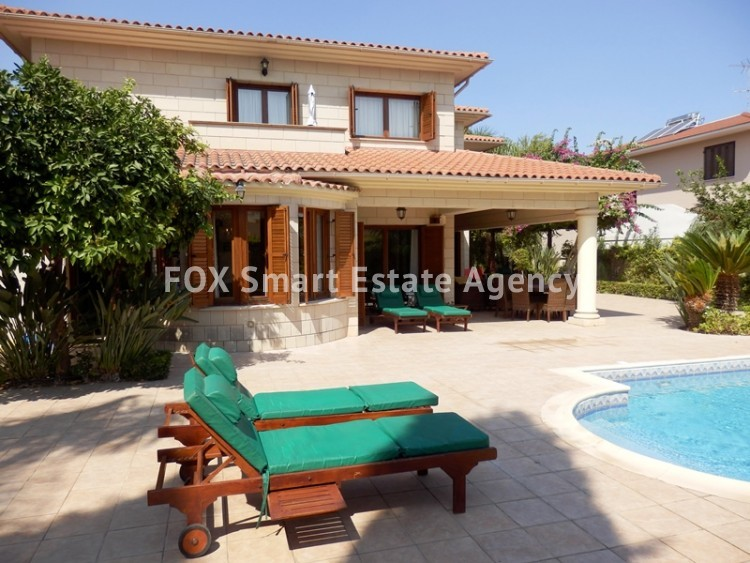 For Sale 4 Bedroom  House in Strovolos, Nicosia 12