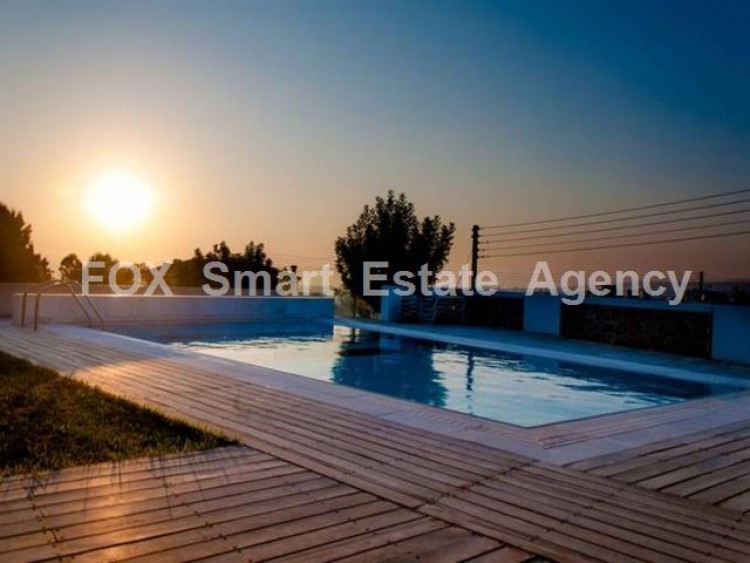 For Sale 6 Bedroom Detached House in Konia, Paphos