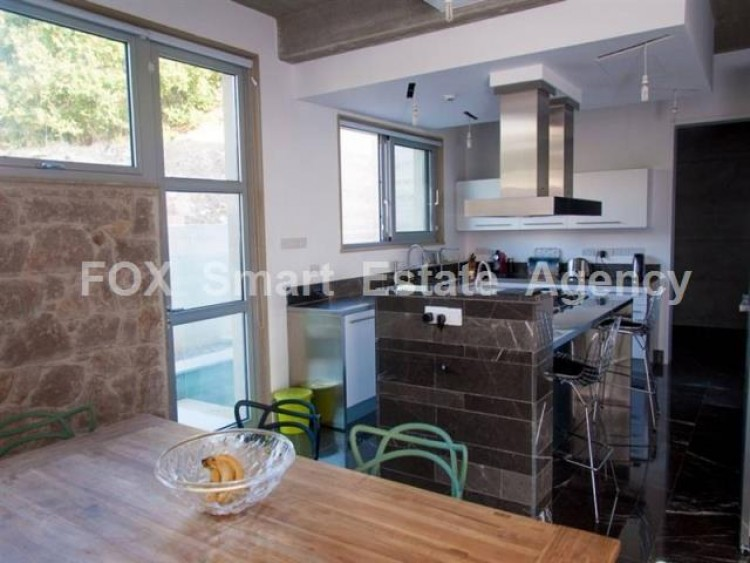 For Sale 6 Bedroom Detached House in Konia, Paphos 8