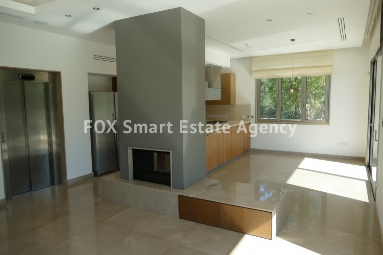 For Sale 4 Bedroom Detached House with swimming pool in Aglantzia, Nicosia 8