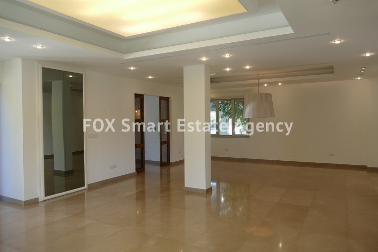 For Sale 4 Bedroom Detached House with swimming pool in Aglantzia, Nicosia