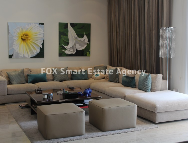 For Sale 4 Bedroom  Apartment in Limassol, Limassol 19 10