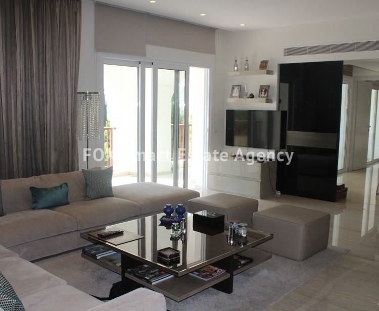 For Sale 4 Bedroom  Apartment in Limassol, Limassol 18