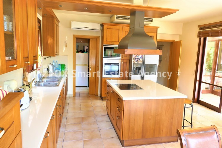 For Sale 5 Bedroom Detached House in Strovolos, Nicosia 9