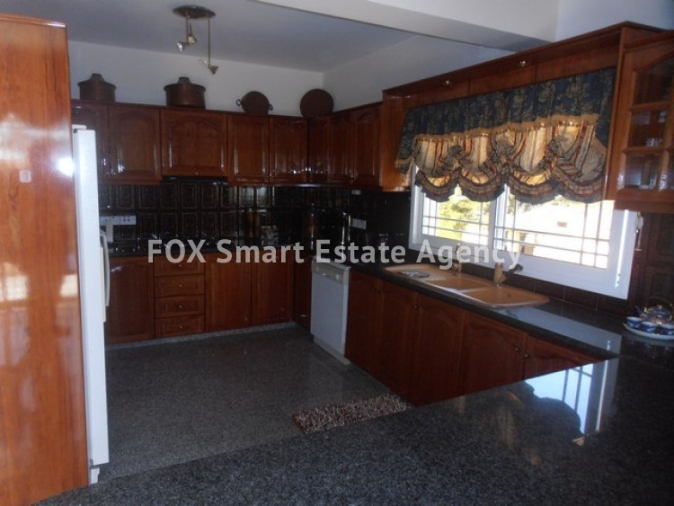 For Sale 6 Bedroom Detached House in Panthea, Mesa Gitonia, Limassol 8