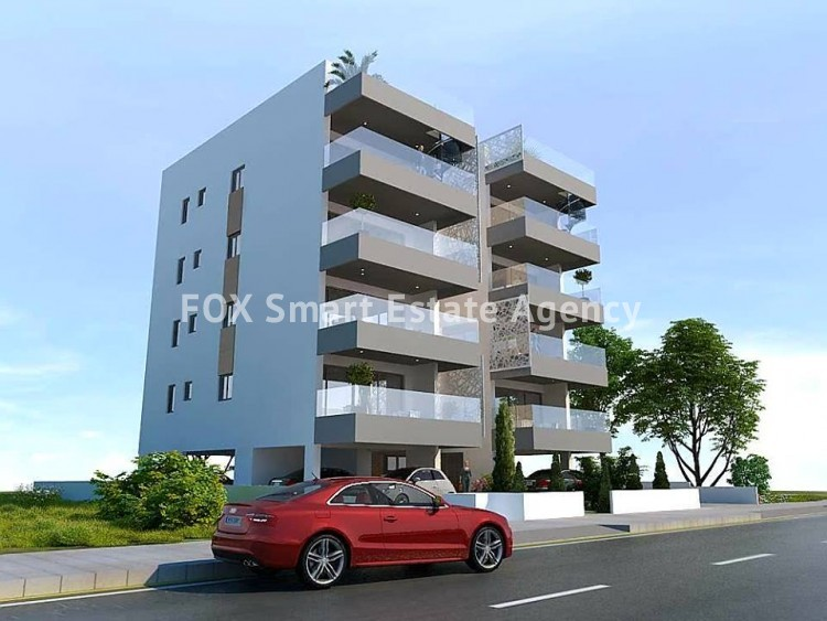 For Sale 2 Bedroom Top floor with roof garden Apartment in Faneromeni , Larnaca 4