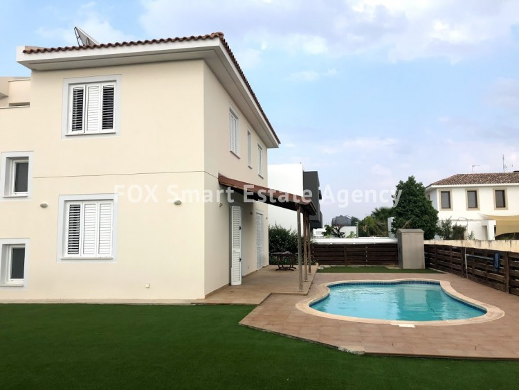 To Rent 4 Bedroom Detached House in Stelmek, Nicosia