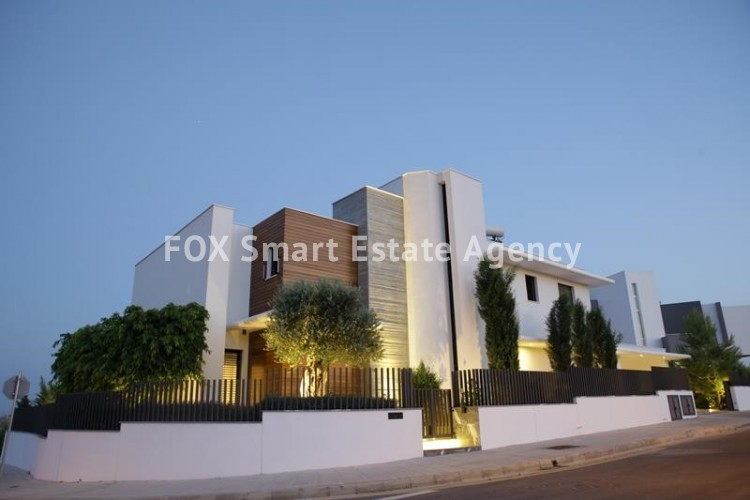 For Sale 6 Bedroom Detached House in Agios athanasios, Limassol 11