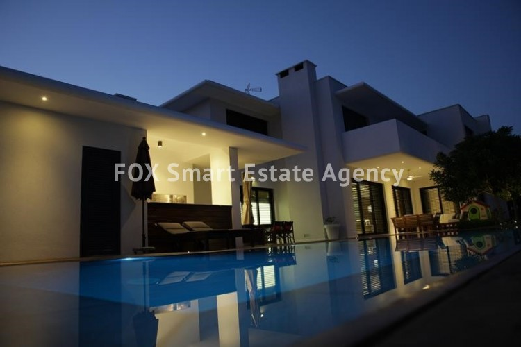 For Sale 6 Bedroom Detached House in Agios athanasios, Limassol 10