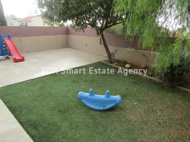 For Sale 4 Bedroom  House in Laiki leykothea, Agia Fylaxis, Limassol 11