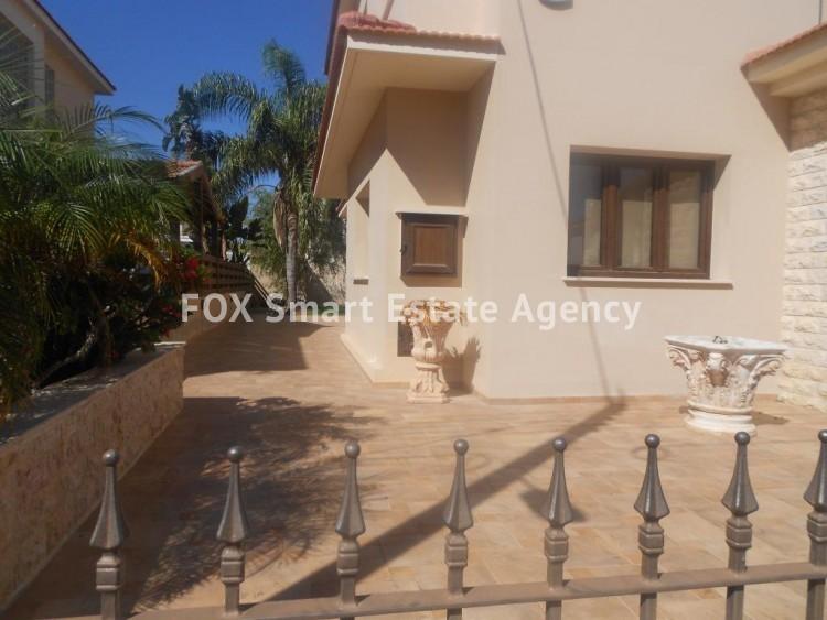 For Sale 4 Bedroom Detached House in Agios fanourios, Larnaca 2