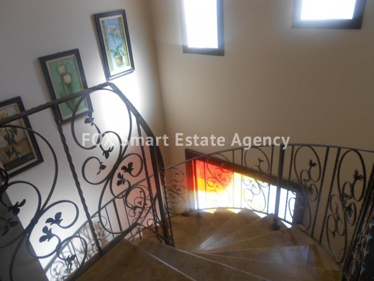 For Sale 4 Bedroom Detached House in Agios fanourios, Larnaca 8