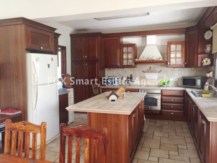 FOR SALE SEMI-DETACHED 3-BEDROOM HOUSE IN ENGOMI, NICOSIA  9
