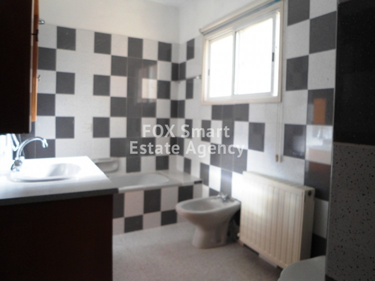 To Rent 3 Bedroom Maisonette House in Egkomi lefkosias, Nicosia 21