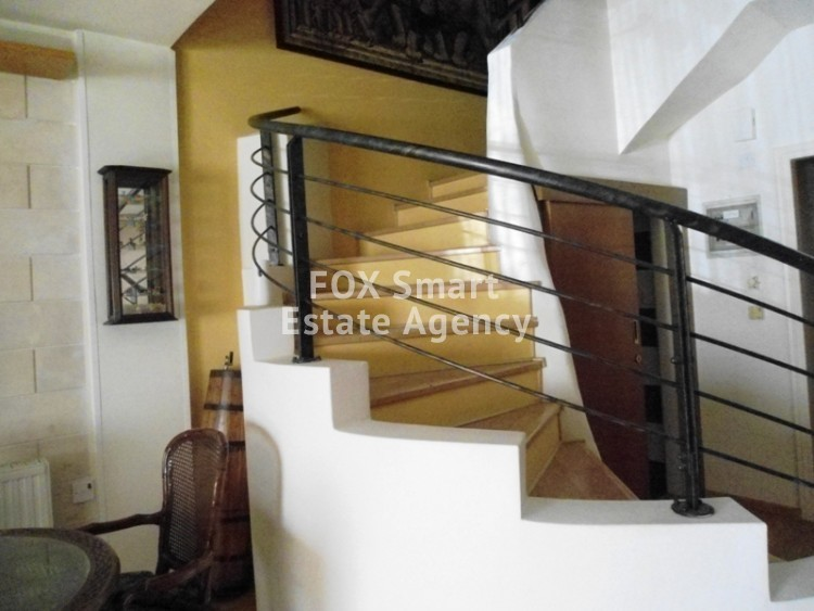To Rent 3 Bedroom Maisonette House in Egkomi lefkosias, Nicosia 6