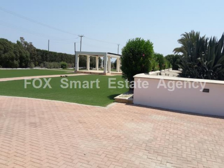 For Sale 5 Bedroom Detached House in Meneou, Larnaca 4