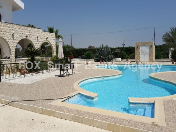 For Sale 5 Bedroom Detached House in Meneou, Larnaca 7