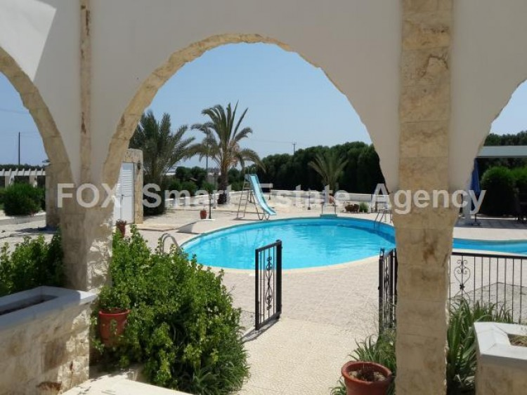 For Sale 5 Bedroom Detached House in Meneou, Larnaca 8