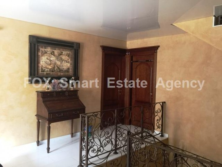 For Sale 5 Bedroom Detached House in Strovolos  11