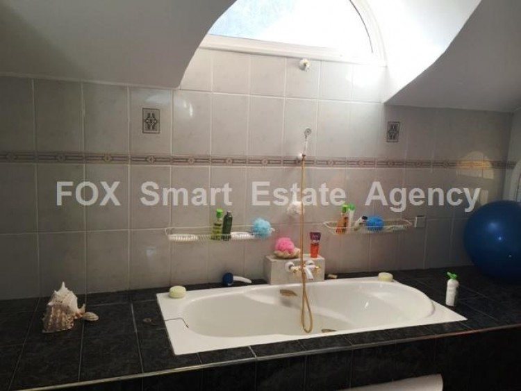 For Sale 5 Bedroom Detached House in Strovolos  12