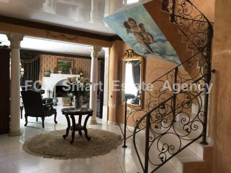 For Sale 5 Bedroom Detached House in Strovolos  13