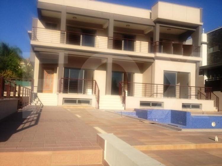 For Sale 6 Bedroom Detached House in Kalogyros, Limassol