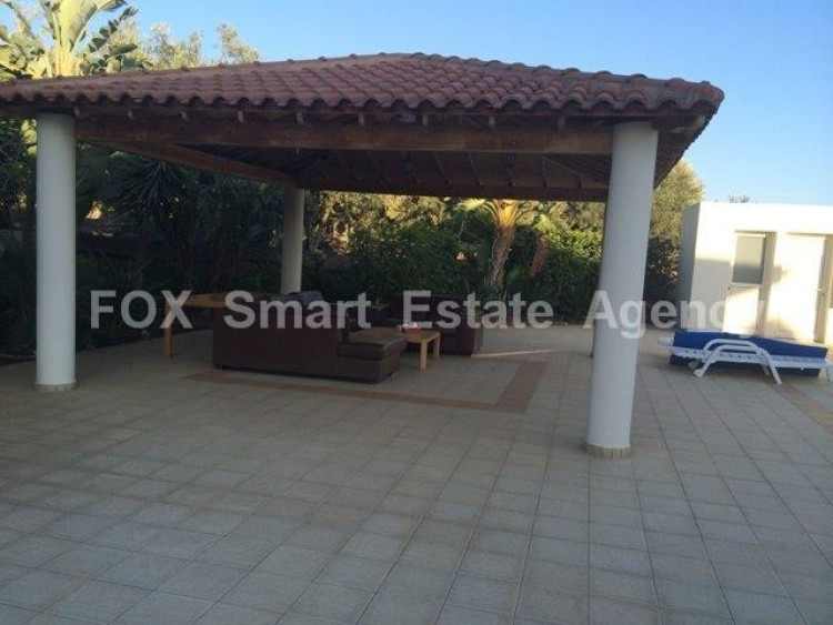For Sale 4 Bedroom Detached House in Monagroulli, Limassol 10
