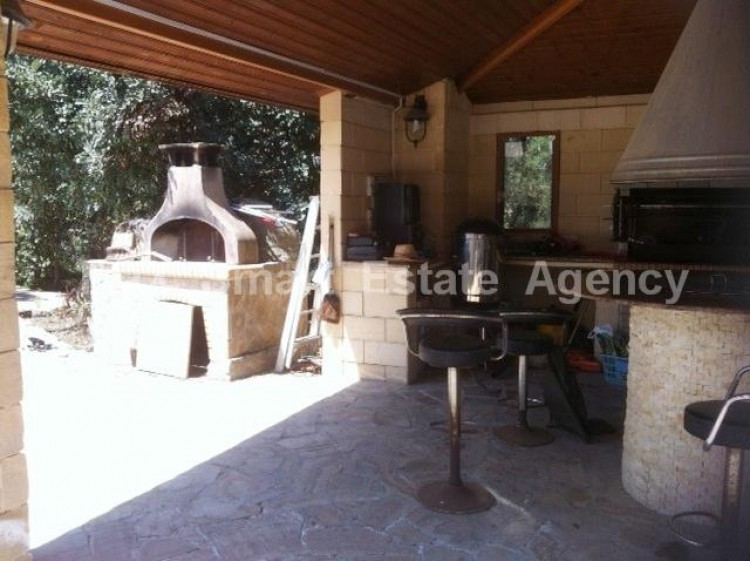For Sale 5 Bedroom Detached House in Latsia, Nicosia 10