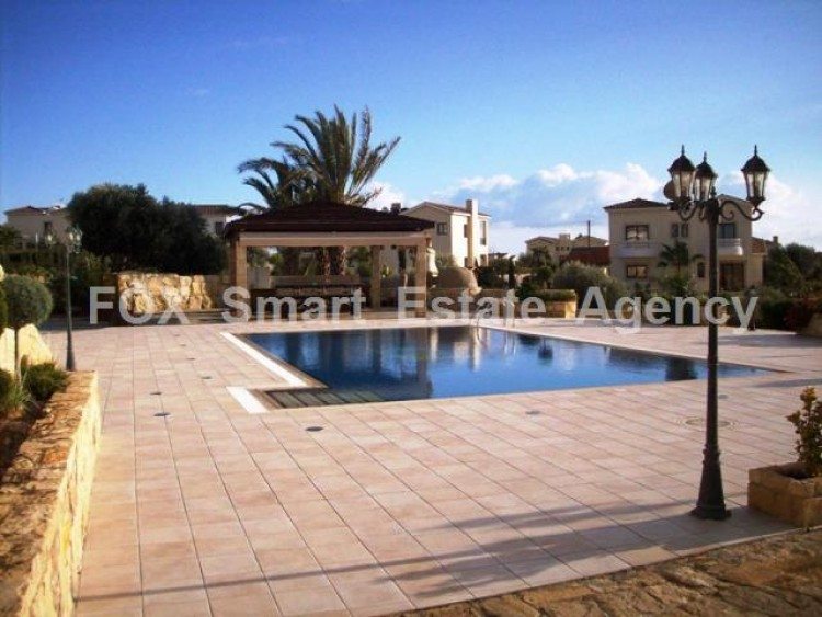 For Sale 6 Bedroom Detached House in Kouklia , Kouklia Pafou, Paphos 12