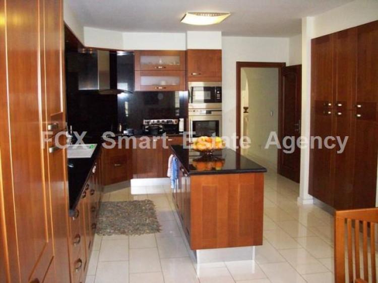 For Sale 6 Bedroom Detached House in Kouklia , Kouklia Pafou, Paphos 24