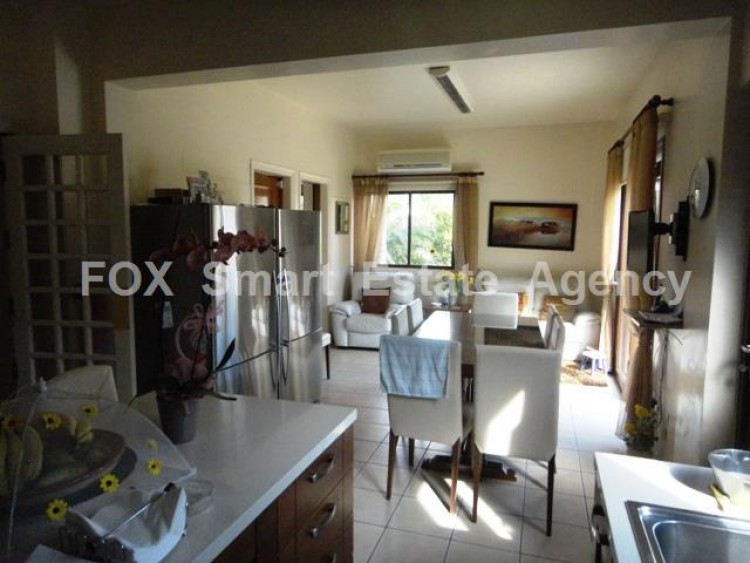 For Sale 7 Bedroom Detached House in Egkomi lefkosias, Nicosia 11
